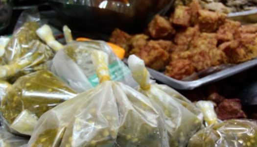 Warorot Market Chiang Mai Exploration